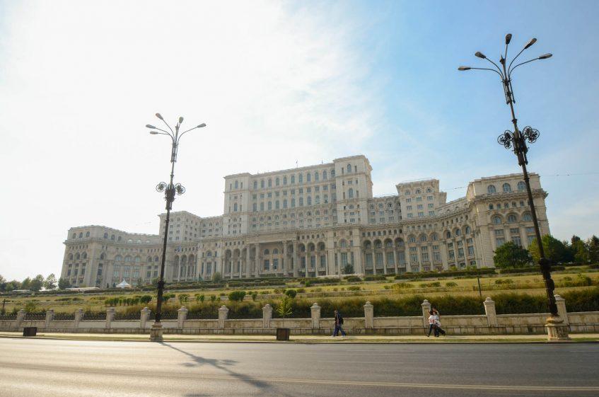 Дворецът на парламента в Букурещ