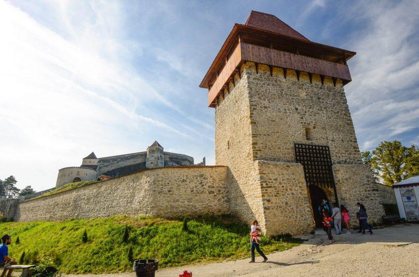Крепостта Ръшнов в Румъния