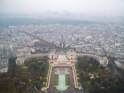 Гледка към Париж