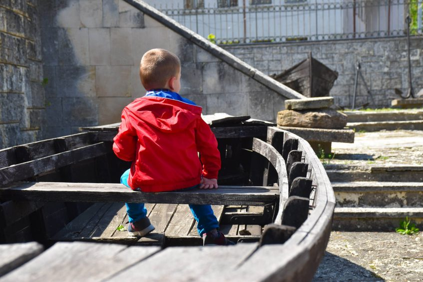Стефи на лодка Тутраканка